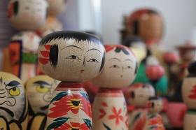 Kokeshi of Zao-Takayu school