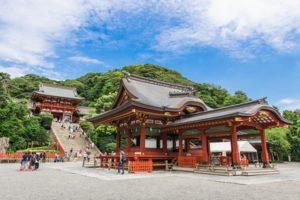 鶴岡八幡宮 舞殿と本宮