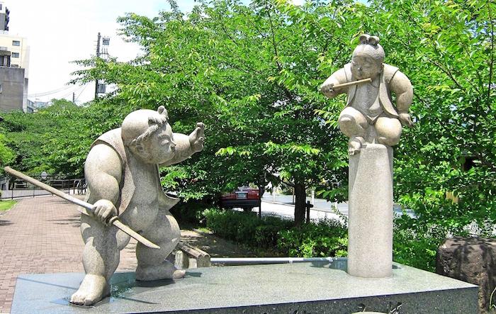 五条大橋の牛若丸・弁慶像(京都)