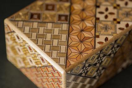 日本の伝統工芸品!『寄木細工』(神奈川県箱根市)